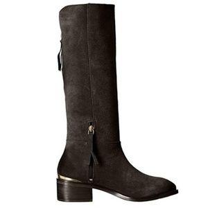 BLACK Stride Chelsea Boot